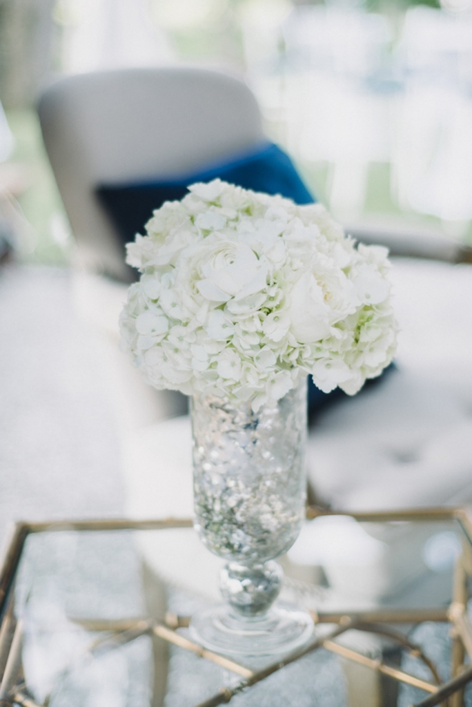 Florals by Tiger Lily Weddings. Photograph by Sean Money + Elizabeth Fay.