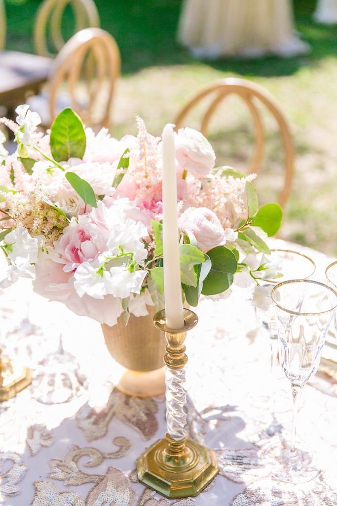 <i>Photograph Dana Cubbage Weddings</i>
