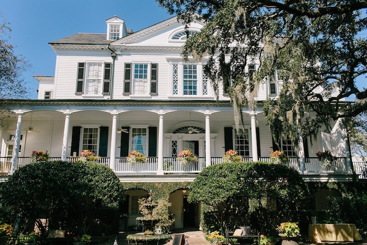 Image by Carolina Photosmith at the Governor Thomas Bennett House.