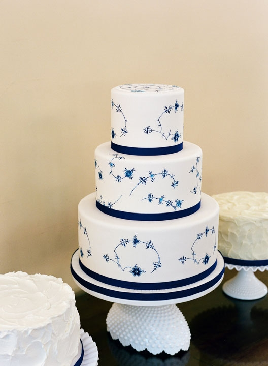 Pal Jessica Grossman of Patrick Properties Hospitality Group hand-painted the fondant cake in the Royal Copenhagen china pattern. The bottom tier was real but the others were foam core falsies because a) she indulged my obsession with the pattern and b) we craved home-style desserts, too, like these additional treats (a hummingbird cake for me and a cannoli cake for Wade).