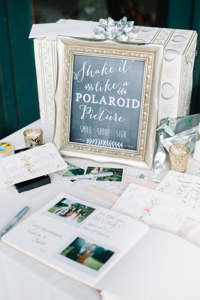 Image by Aaron & Jillian Photography. Signage by Anna Hobbs.