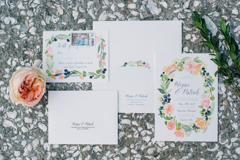 Image by Aaron & Jillian Photography. Stationery by Minted.