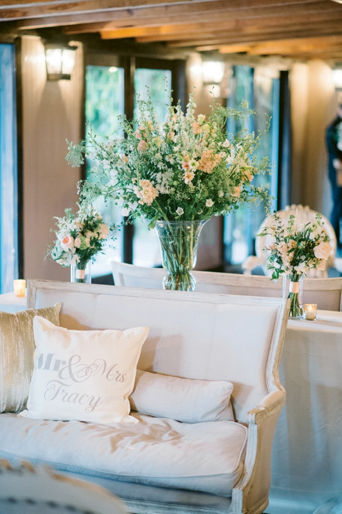 Image by Aaron & Jillian Photography. Rentals by EventWorks. Florals by Wildflowers Inc.
