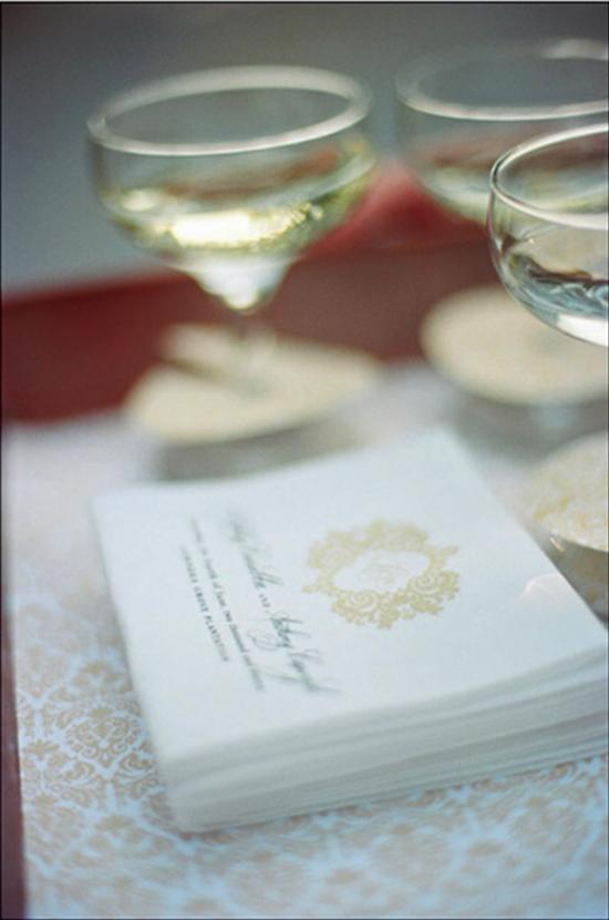 SMART START: A ring of patterned paper added eye-catching appeal to the welcome glasses of champagne.