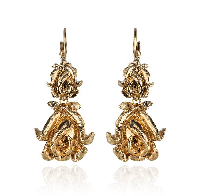 """Samantha Wills' """"Time to Dance"""" earrings. Available through SamanthaWills.com."""