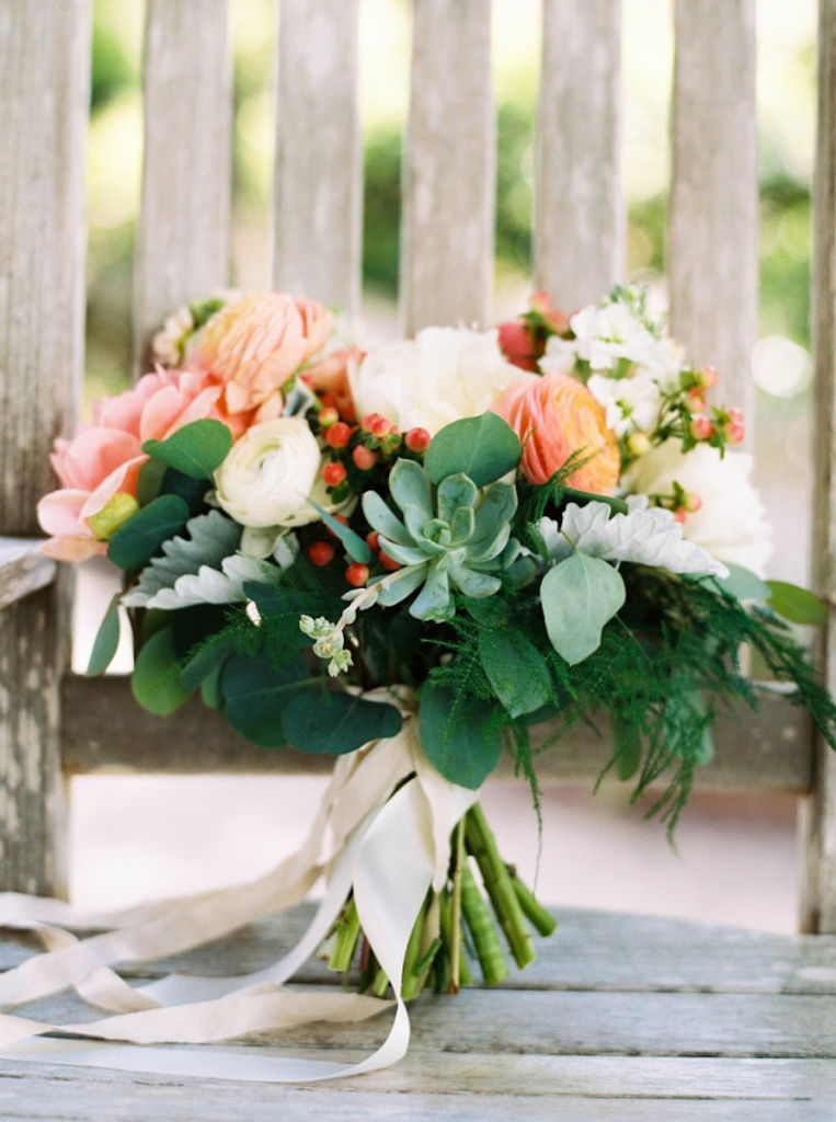 Image by Perry Vaile Photography. Bouquet by Rebecca Rose Events.