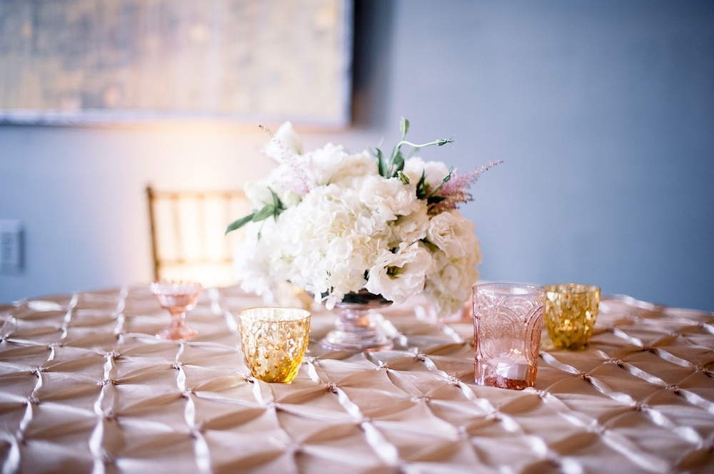 Florals by Branch Design Studio. Linens from I Do Linens. Image by Timwill Photography.