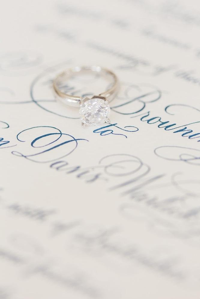 Image by Corbin Gurkin Photography. Stationery by Lettered Olive.