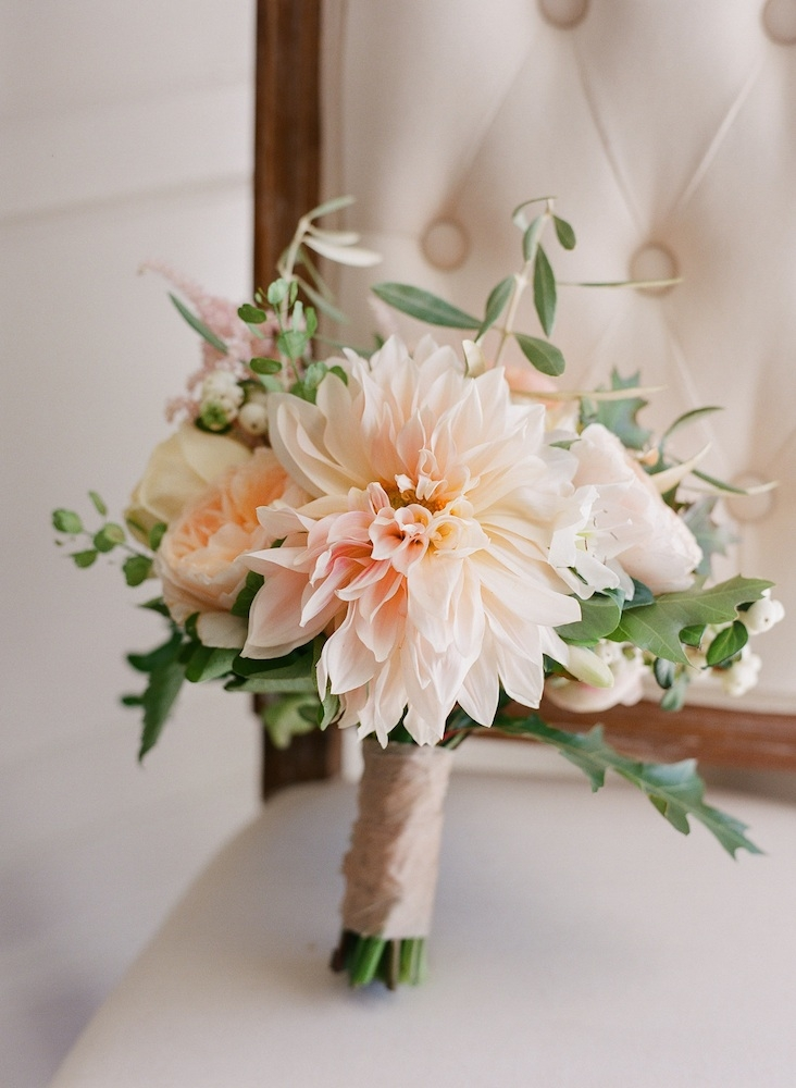 Bouquet by Charleston Stems. Image by Corbin Gurkin Photography.