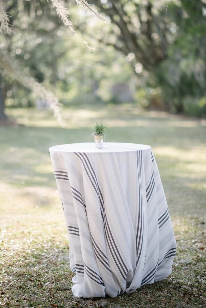 Linens by La Tavola. Photograph by Sean Money + Elizabeth Fay at Runnymede Plantation.