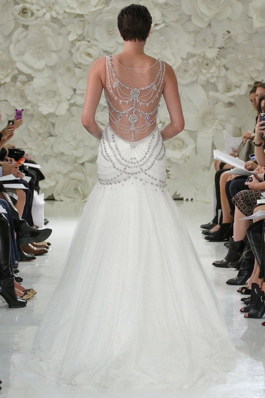 """Watters' """"Isa"""" (style 7084B). Available in Charleston through Jean's Bridal and White on Daniel Island."""