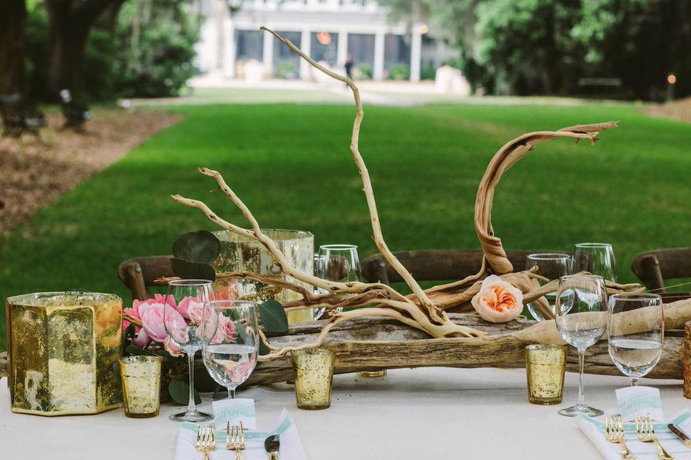Wedding design by Paper and Pine Co. Day-of coordination by Cafe Catering. Florals by Branch Design Studio. Photograph by Juliet Elizabeth at the Legare Waring House.