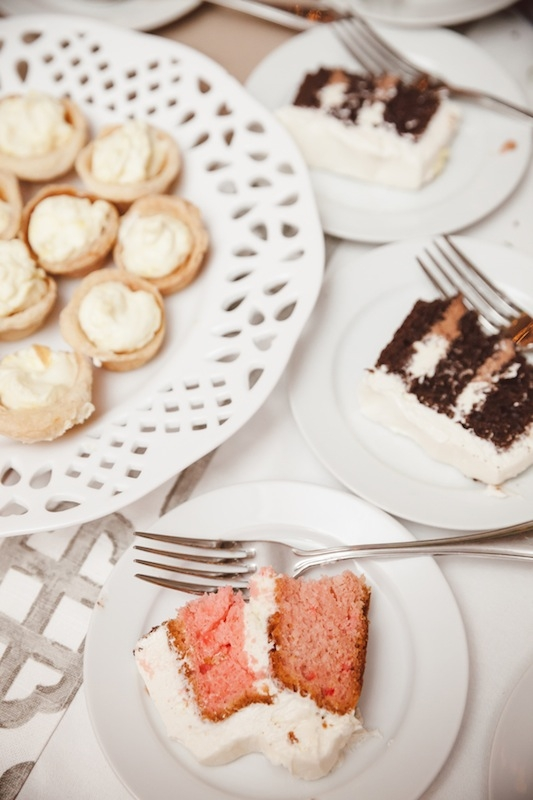 Sweets by McKenzie's Bake Shop. Image by Amelia + Dan Photography.