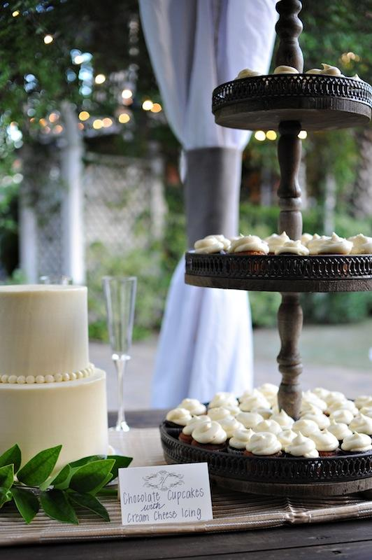 Desserts by Cakes by Kasarda. Wedding design and coordination by WED. Image by Kelli Boyd Photography at The Beaufort Inn.