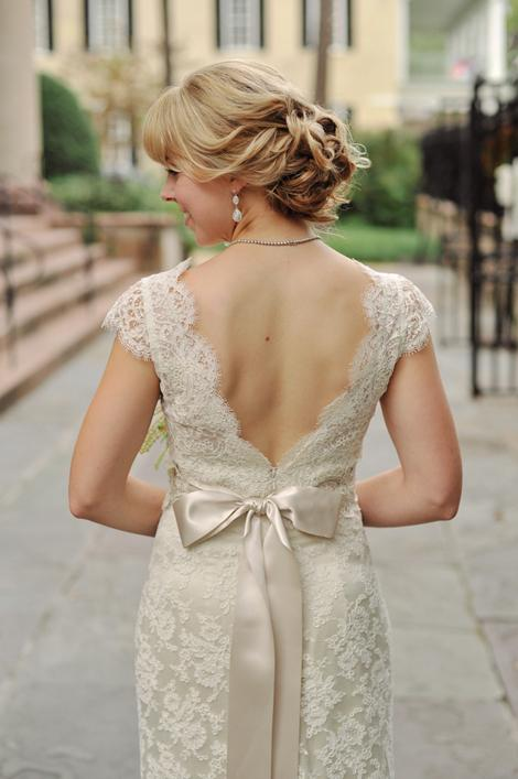 BESPOKE BEAUTY: Allison found her dream dress—a cream-hued lace number—from King Street's Modern Trousseau.